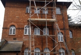Chimney scaffold in Ampthill